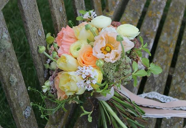 419104_345988032196667_395527967_n blue poppy florist