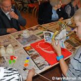 Kinderen Groen van Prinsterer portretteren ouderen Clockstede - Foto's Harry Wolterman