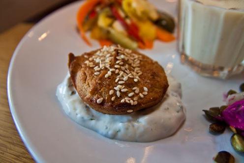 Falafel med myntayoghurt