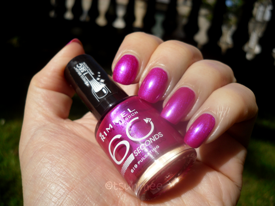 004rimmel-pulsating-nail-polish