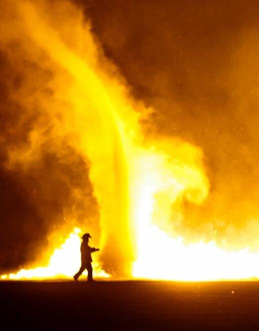 fire whirl tornado devil 8