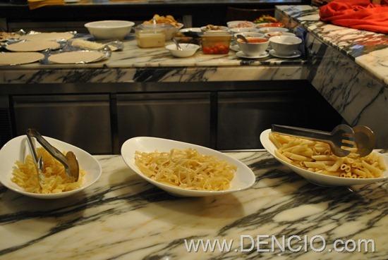 Cafe Ilang Ilang Buffet Manila Hotel 090