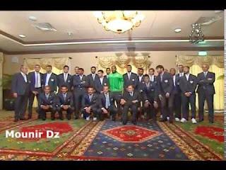 Le Président Abdelaziz bouteflika reçoit l'équipe nationale algérienne
