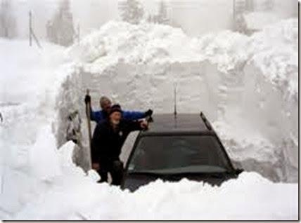 snow-storm-car