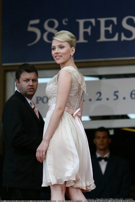 scarlett-johansson-linda-sensual-sexy-sexdutora-tits-boobs-boob-peitos-desbaratinando-sexta-proibida (469)