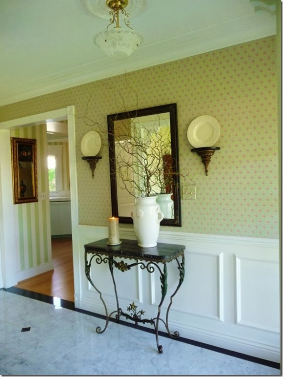 Fall Entry Hall 2012 001 (600x800)