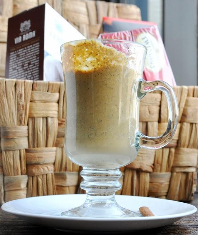 pumpkin chai tea latte 045