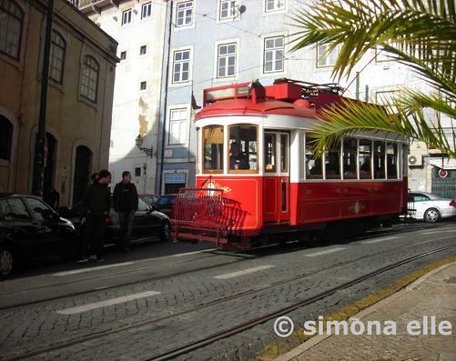 Tram Lisbona Portogallo