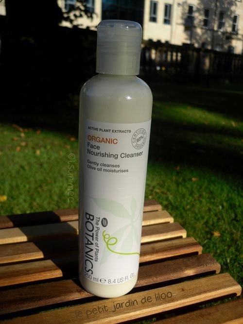 01-botanics-olive-oil-cleanser