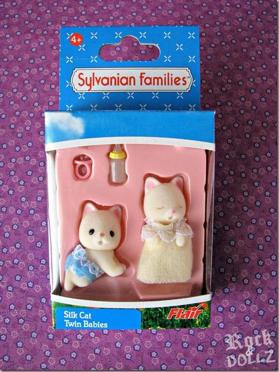 Sylvanian Families Keats Cream Cat Twins