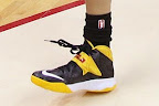 wearing brons wnba soldier7 skylar diggins 07 Nike Zoom Soldier VII   Seattle Storm & Chicago Sky PEs