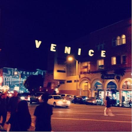 Plaja Venice Beach de langa Los Angeles: Cam atat....