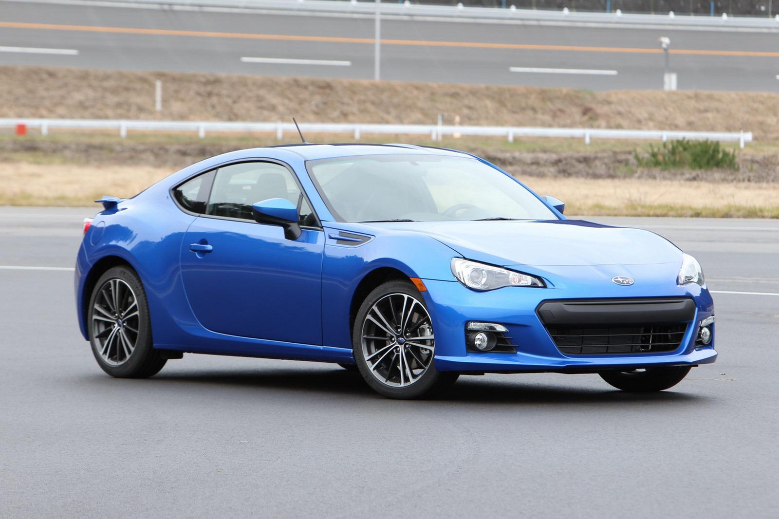 2013-Subaru-BRZ-Coupe-9.jpg?imgmax=1800
