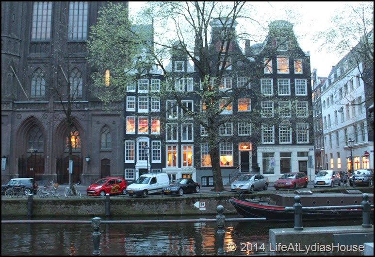 canal side homes-2