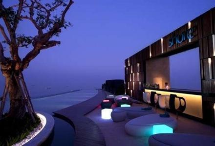 sillones-para-exterior-con-piscina-