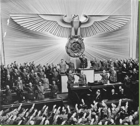 Bundesarchiv_Bild_183-2004-1001-501_Berlin_Reichstagssitzung_Adolf_Hitler1-595x793