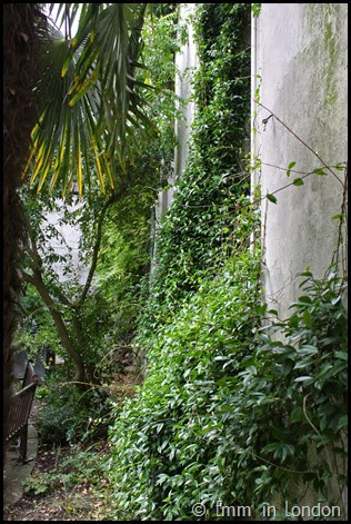 Bombed out church of St Dunstan in the East (14)
