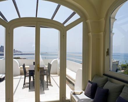 casa-reformada-terraza-vista-al-mar-villa-ercolano-fabrizia-frezza-arquitectura