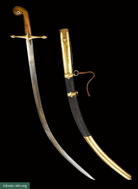 A FINE OTTOMAN SWORD (SHAMSHIR) WITH GOLD-MOUNTED SCABBARD, TURKEY