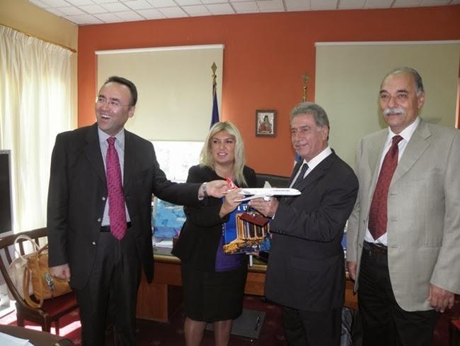 Ο Γεν. Πρόξενος της Τουρκίας και η Γεν. Διευθύντρια των Τουρ. Αερογραμμών στον Περιφερειάρχη