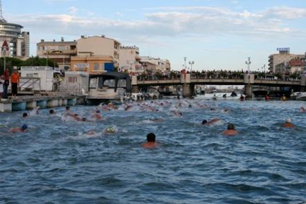 Traversée de palavas à la nage