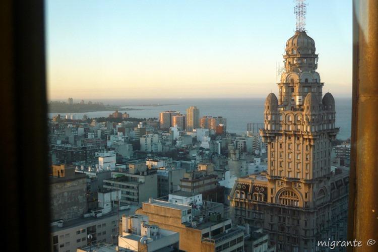 desde las alturas - palacio salvo - montevideo - uruguay