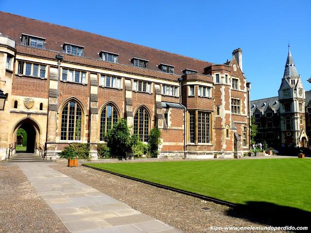 Pembroke college.JPG