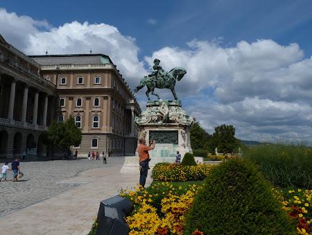 Obiective turistice Budapesta: statuia lui Eugeniu de Savoia