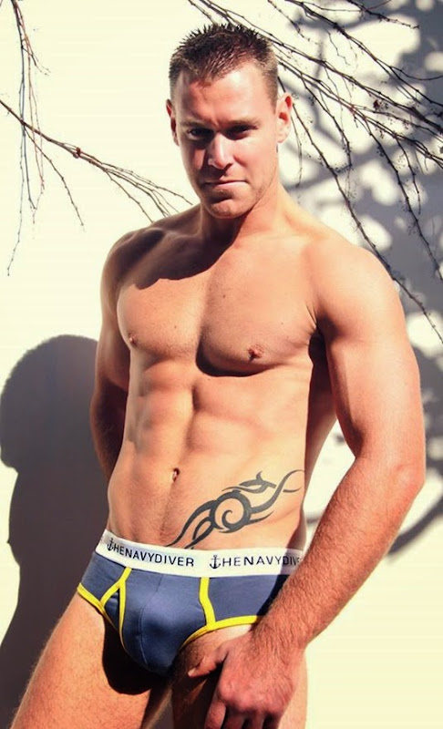 gray the navy diver briefs