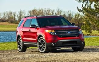 2013-Ford-Explorer-Sport-front-side