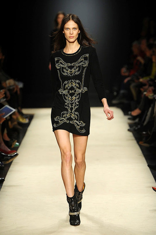 Isabel-marant-FALL-2012-RTW-podium-040_runway