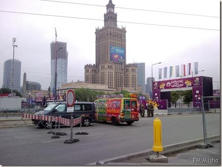 Fan Zone com furgoneta portuguesa