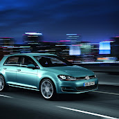 2013-VW-Golf-7-10.jpg