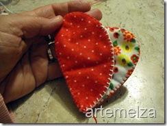 artemelza - porta moedas de coração-18