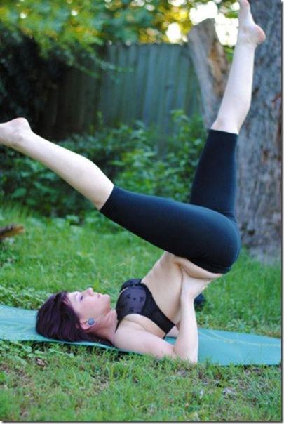 yoga-pants-pics-9