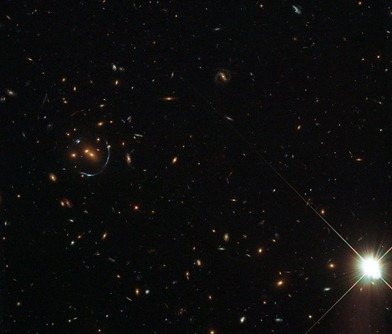 aglomerado de galáxias LRG-4-606