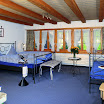 4 240 Zimmer blau.jpg