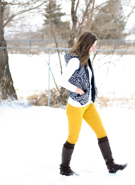 yellow skinnies + patterned vest