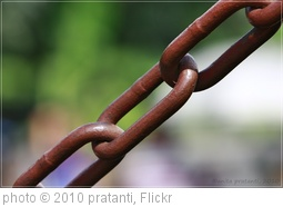 'chain' photo (c) 2010, pratanti - license: http://creativecommons.org/licenses/by/2.0/