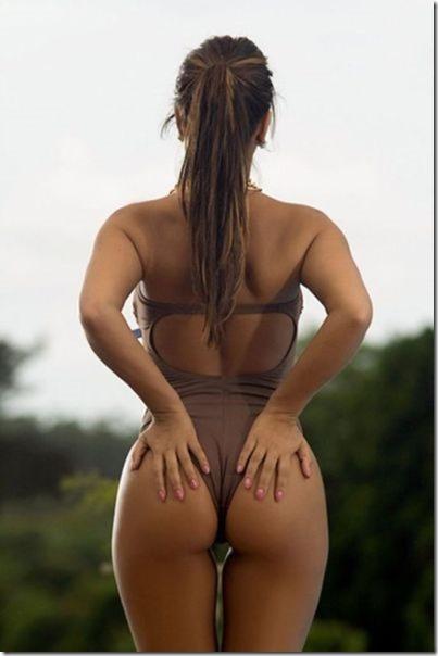 bikini-beach-babes-18