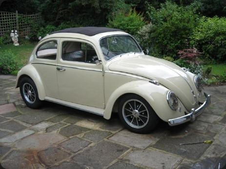 11117-00000097b-a94b_VW-Beetle-Ragtop-019