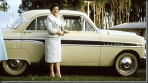 mum-cresta-car