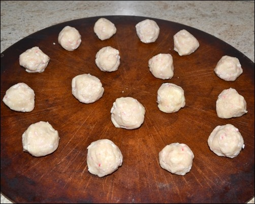 unbaked peppermint snowball cookies