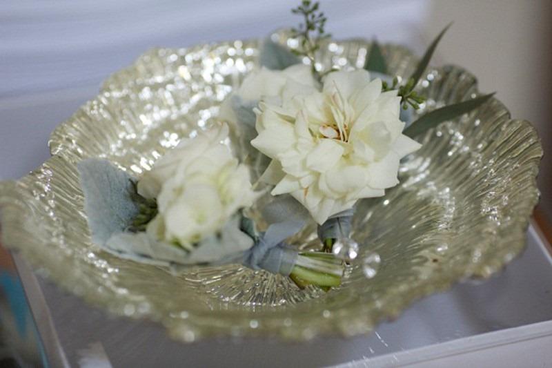 1OakandtheOwl_White Garden Rose Bout