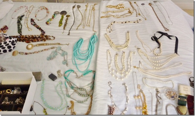 organizing jewelry 003 (800x473) (800x473)