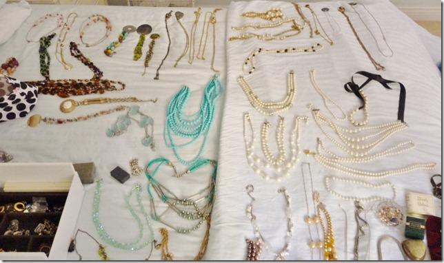 organizing jewelry 003 (800x473) (800x473)