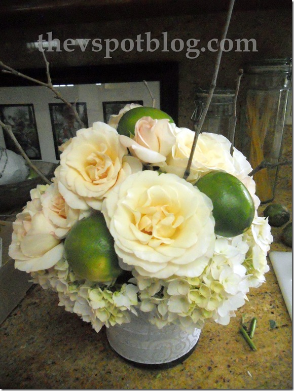roses, limes, floral arrangement, wedding, centerpiece