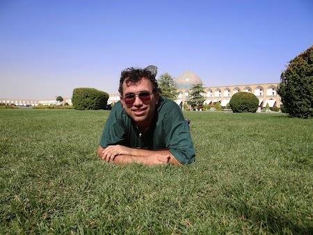 25. Picnic in Esfahan.JPG