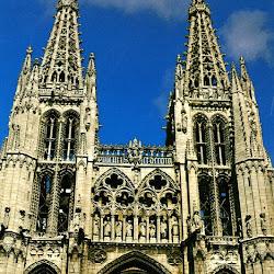 040 fachada Catedral de Burgos.jpg