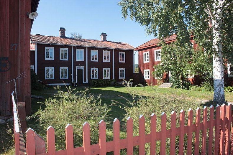 Farmhouses-of-Halsingland-10
